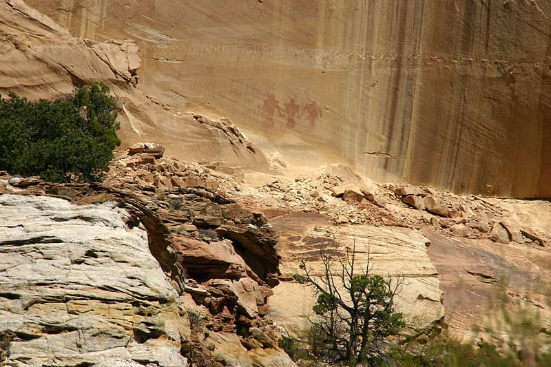 1000 Plus Year Old Fremont Pictographs in Calf Creek Canyon