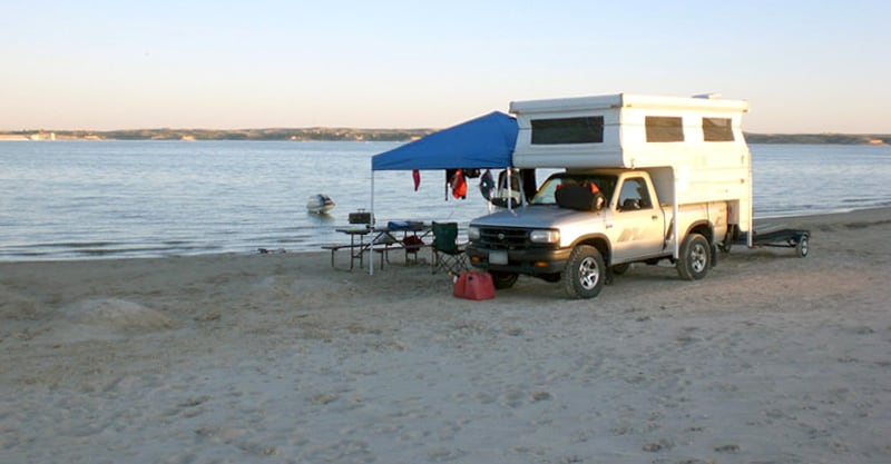 Camper Northstar Set Up At The Beach