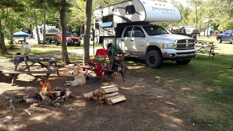 2014 Palomino 8801 camping
