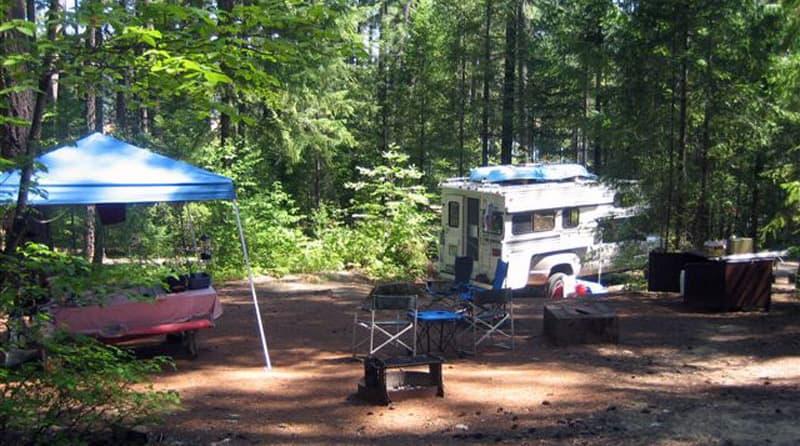 Trinity Lake Camping
