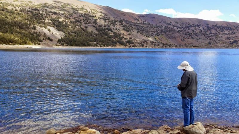 Fishing Saddlebag Lake California