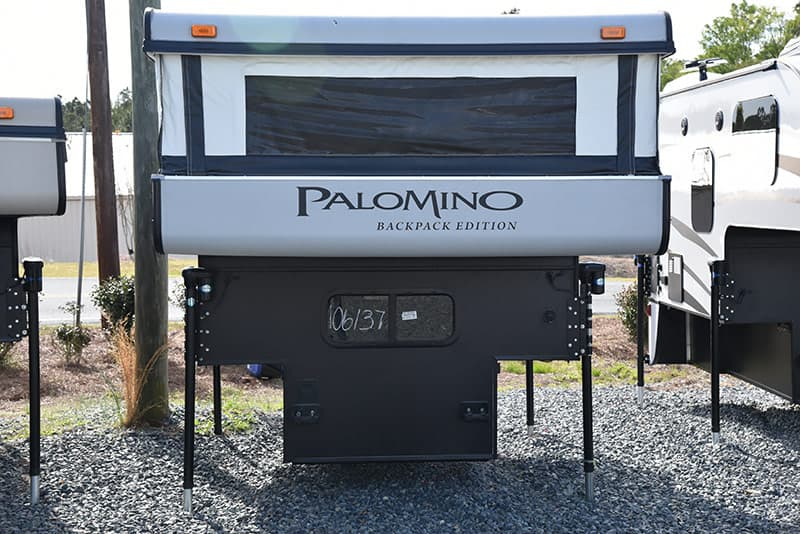 Palomino SS-550 pop-up camper