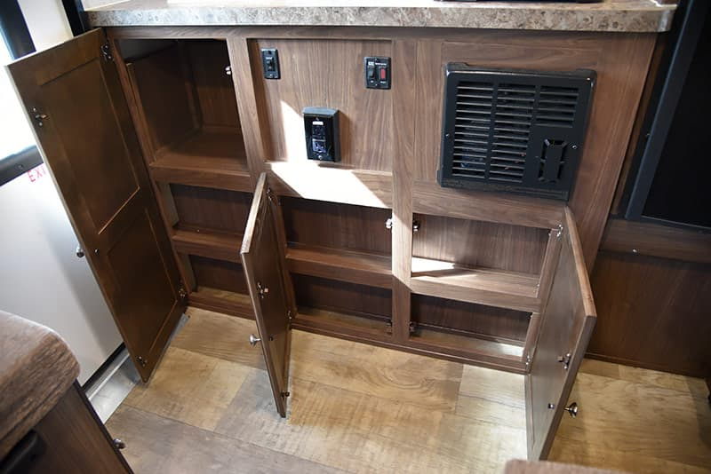 Palomino SS-550 kitchen cabinetry storage