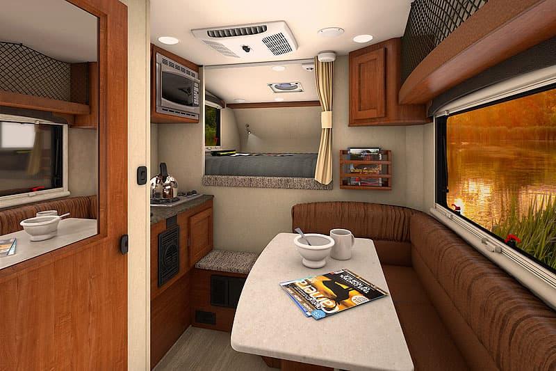2017 Lance 650 interior