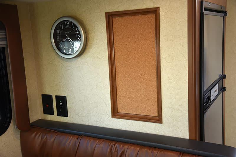 Lance 975 cork board and clock