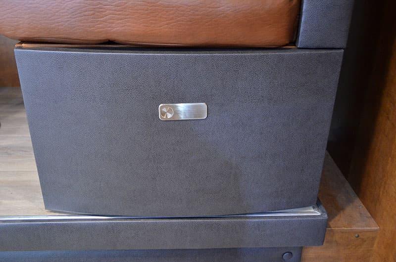 Dinette drawer latch hardware