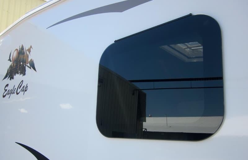 frameless gas filled thermal pane windows