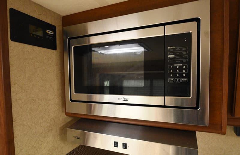 Lance Flat Bottom Microwave