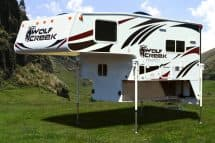 2018 Wolf Creek 840 Camper