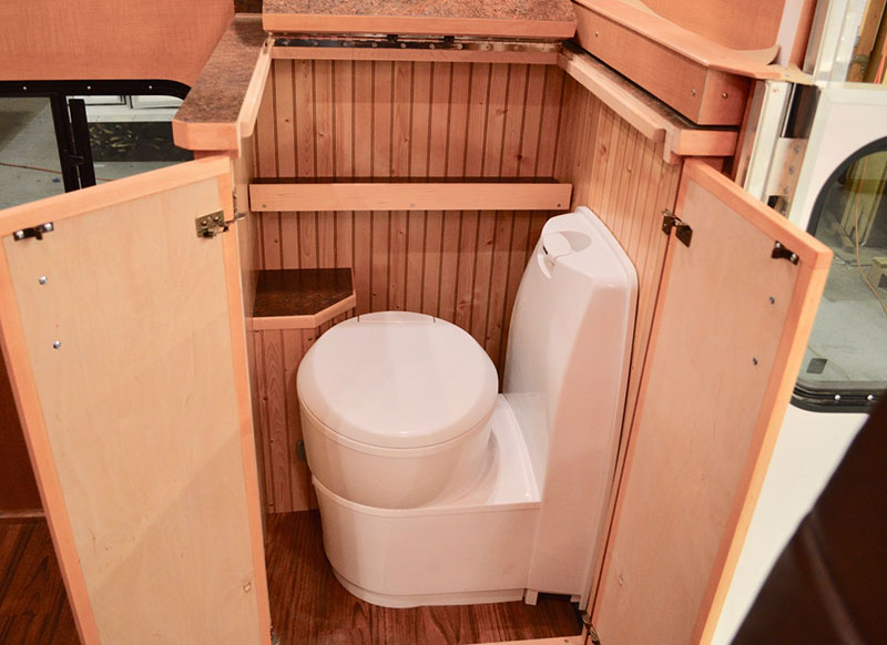 Alaskan Flatbed Camper Cassette Toilet