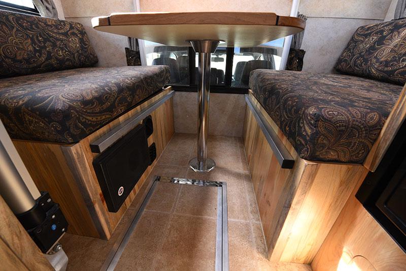 Phoenix Mini Max Dinette Table Leg
