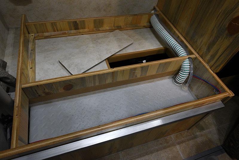 Phoenix Mini Max Dinette Under Passenger Side Water Tank Access