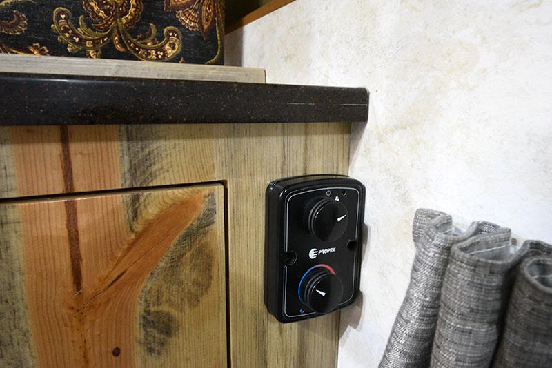Phoenix Mini Max Dinette Window Cabinet Heater Control