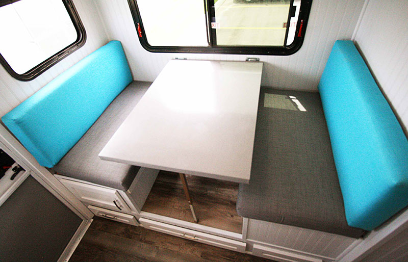 Rugged Mountain Granite 11RL Dinette Turquoise 2