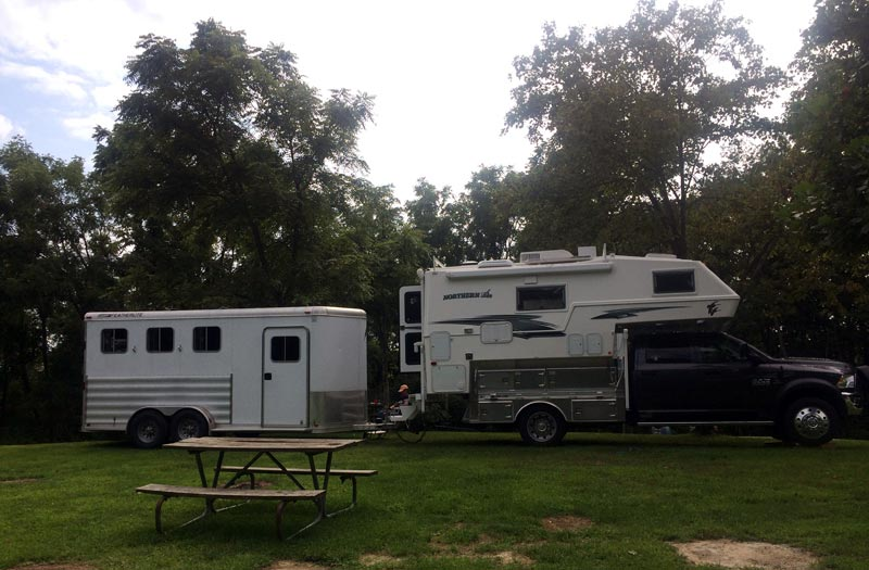 Towing Horse Trailer With Truck Camper