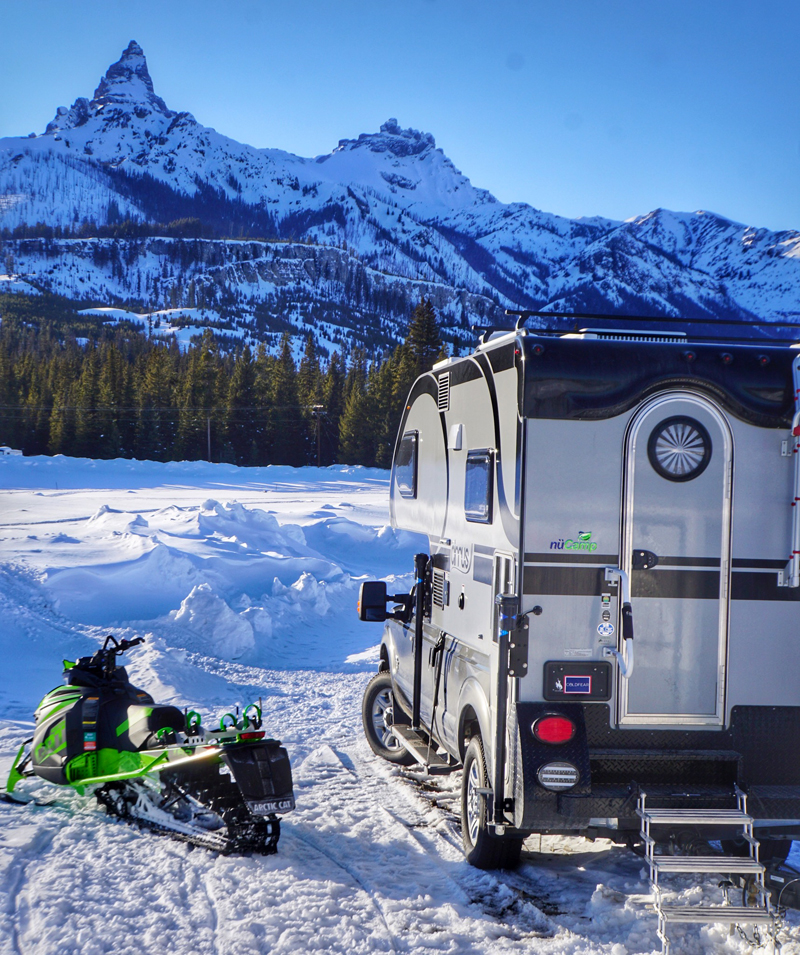 Winter Camping Cirrus 920 With Arctic Cat