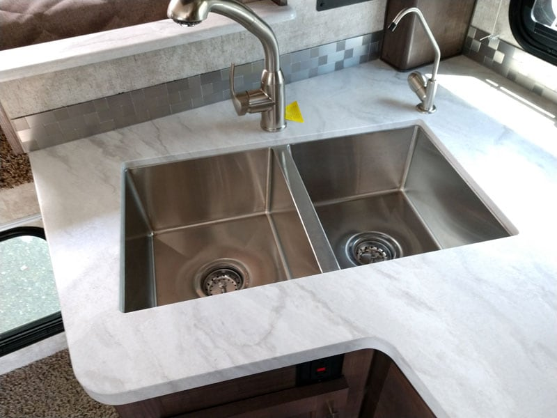 Eagle Cap Undermount Stainless Sink