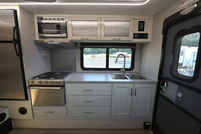 Adventurer 901sb kitchen