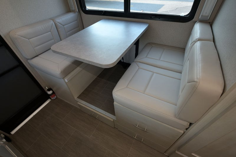 Dinette Leatherette In 901