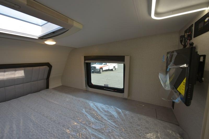 Passenger's Side Overcab Adventurer 901SB