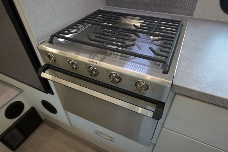 Stove With Grate Dometic
