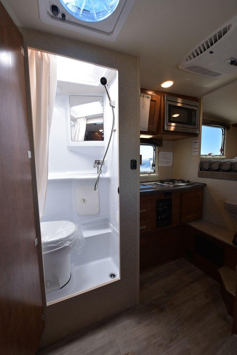Lance 650 Bathroom