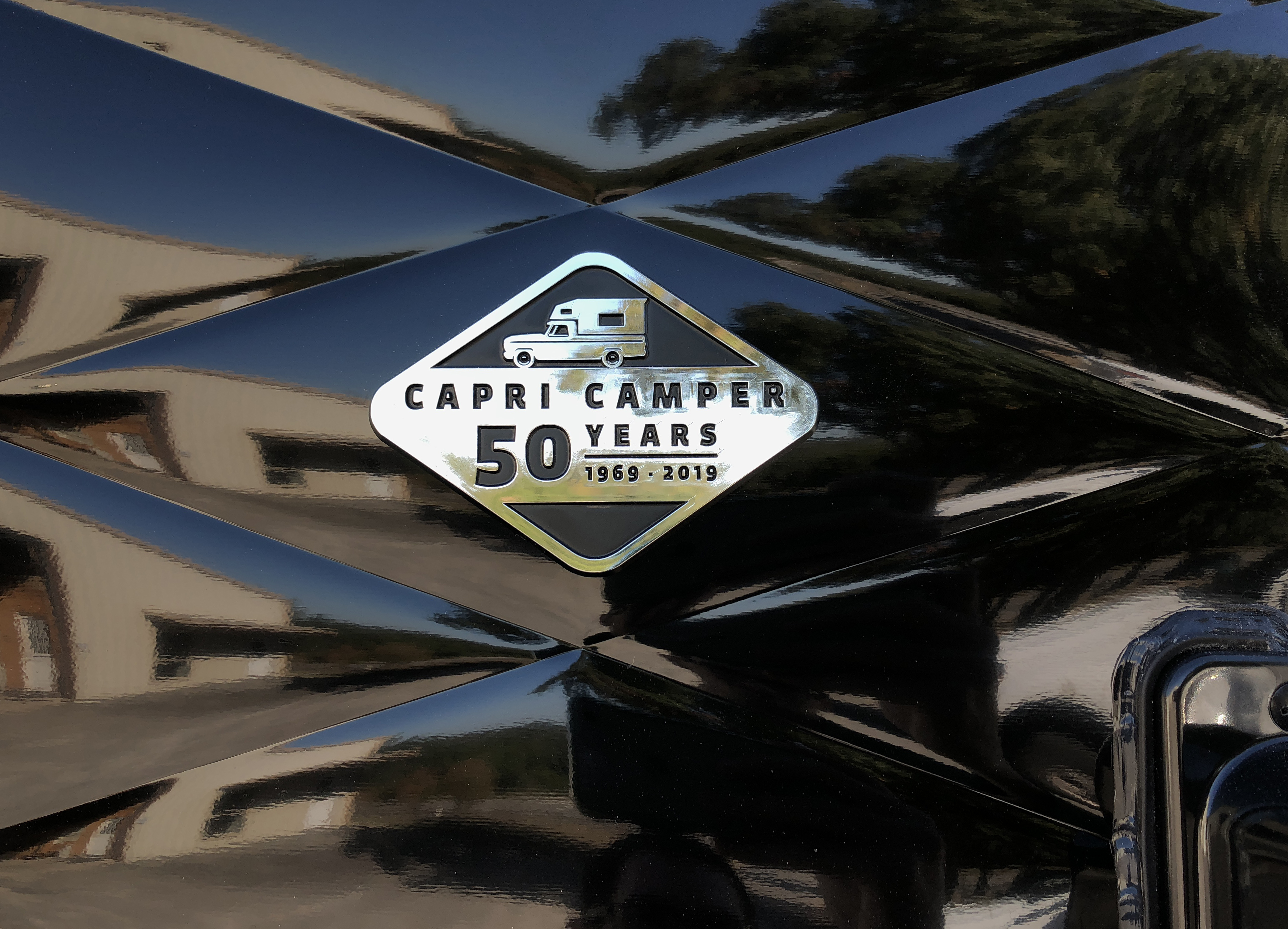 Capri Anniversary Edition Logo