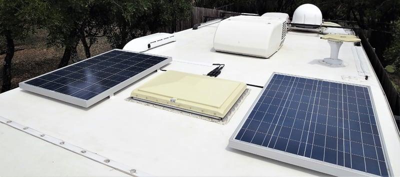 Lance 1050 Solar Panels