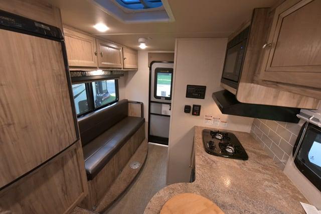 Palomino HS 750 Interior