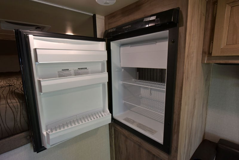 Palomino HS-750 Refrigerator