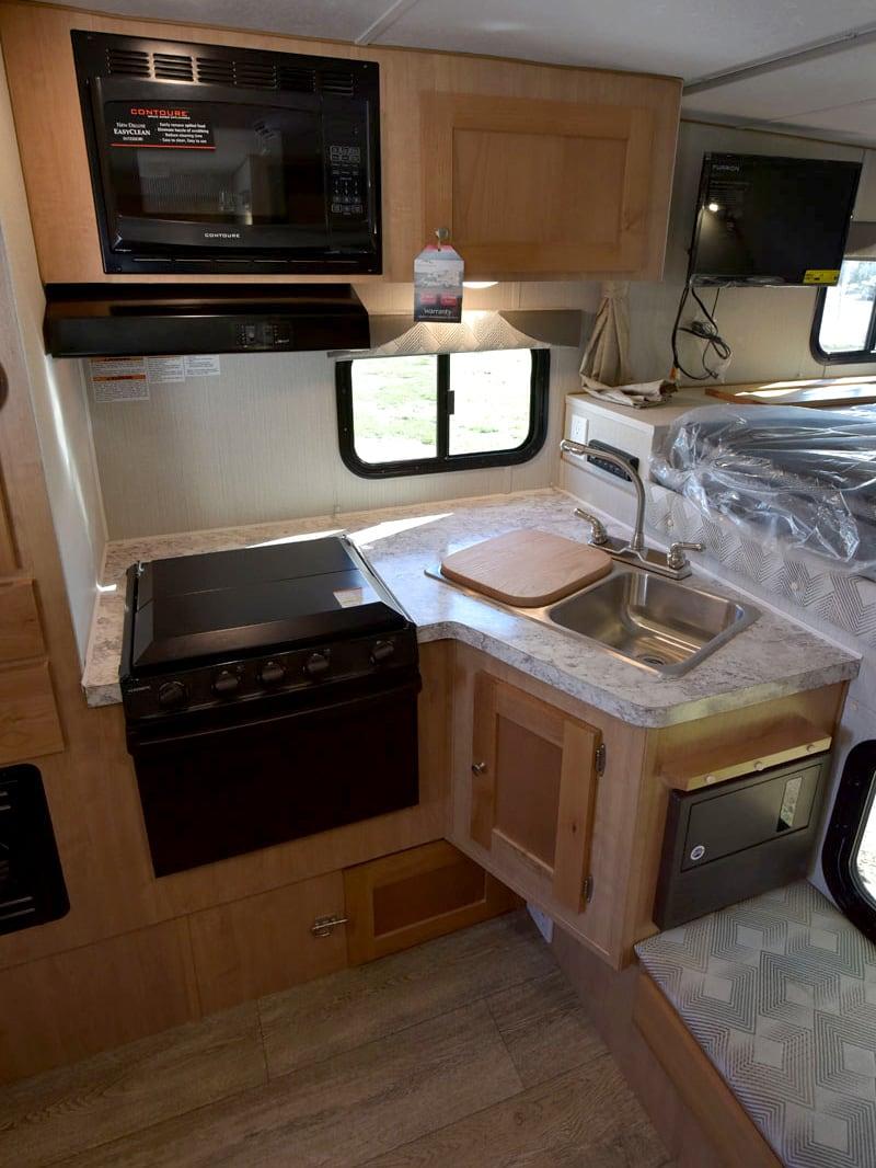 Polar Camper Kitchen Tall