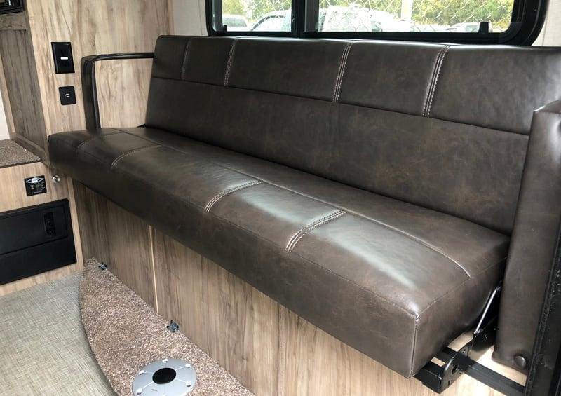 Sofa In Palomino HS-750