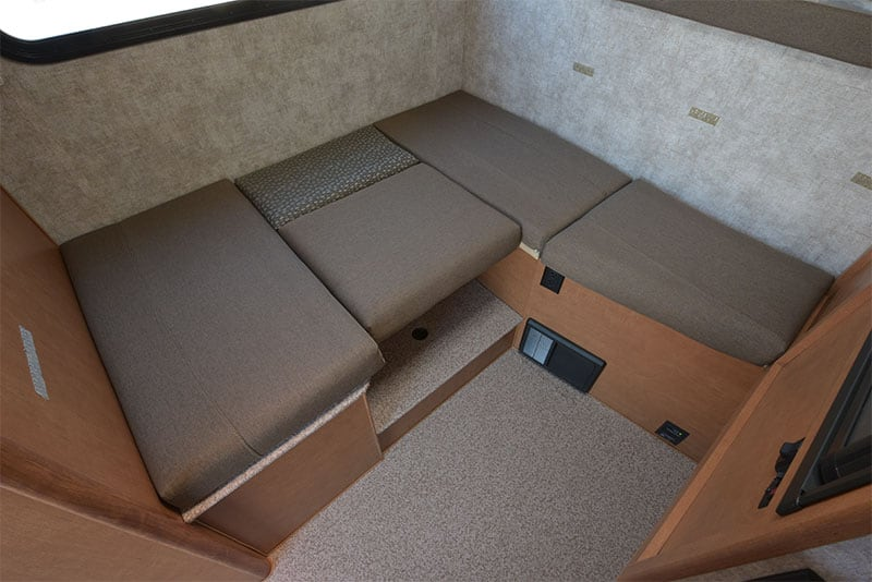 Adventurer 80GS Dinette Bed