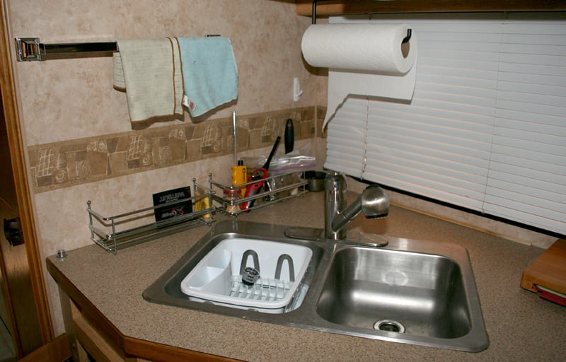 Kitchen Storage Paper Towel And Towel Rack