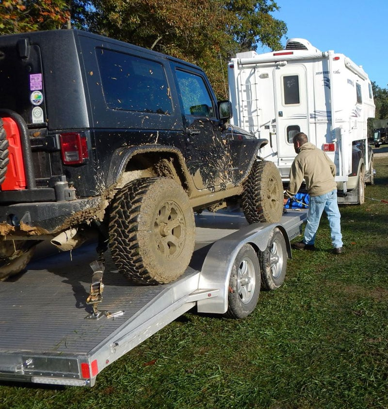 Loading Up A Muddy Jeep Rubicon