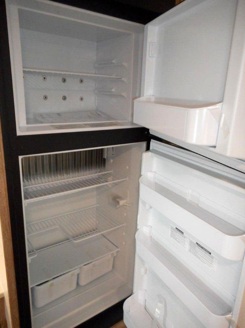 Northstar Laredo SS Interior Refrigerator