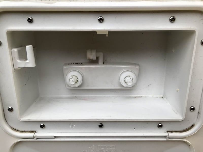 Outside Shower Without Knobs