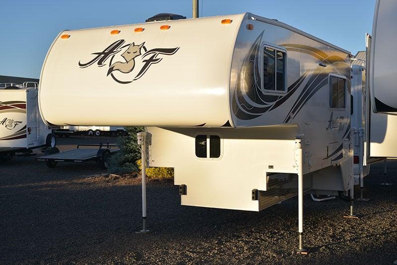 Arctic Fox 865 Camper