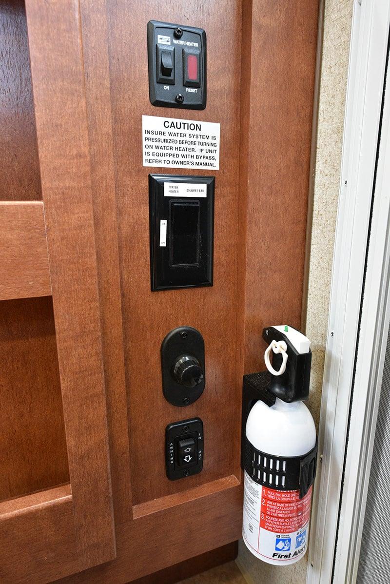 Arctic Fox 865 Inside Door Controls
