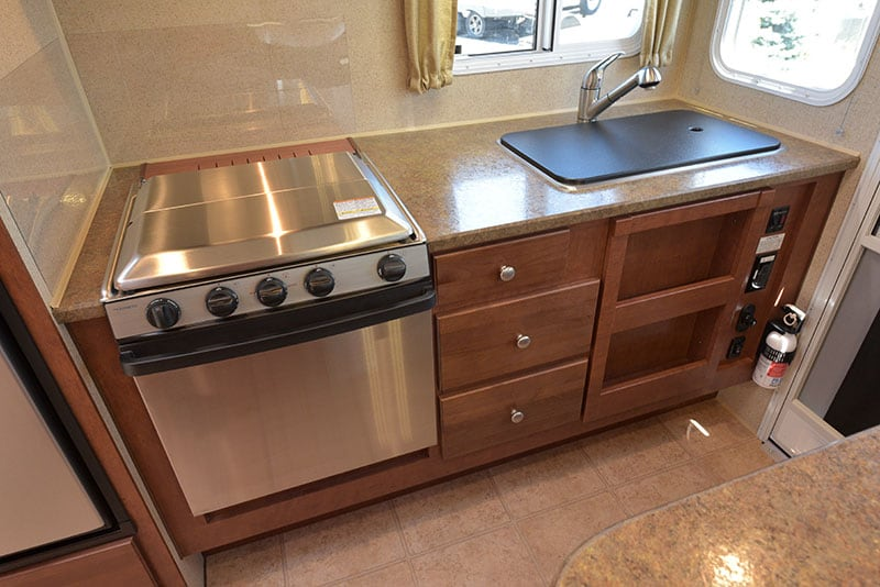 Arctic Fox 865 Kitchen Lower Counter And Cabinetry