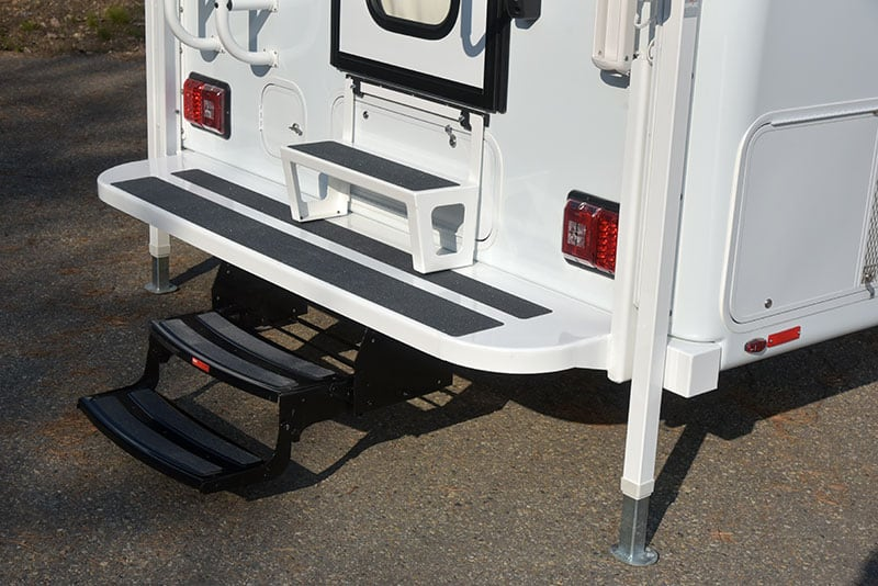 Bigfoot 9.4 Exterior Bumper Step System