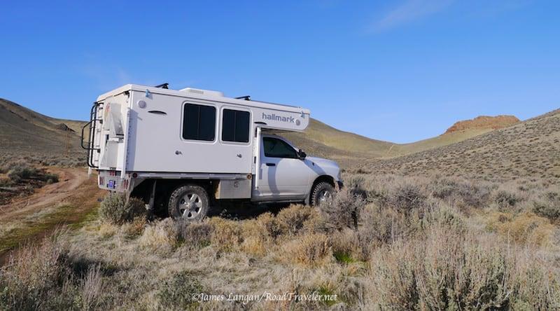 Hallmark Nevada Flatbed Truck Camper 2018