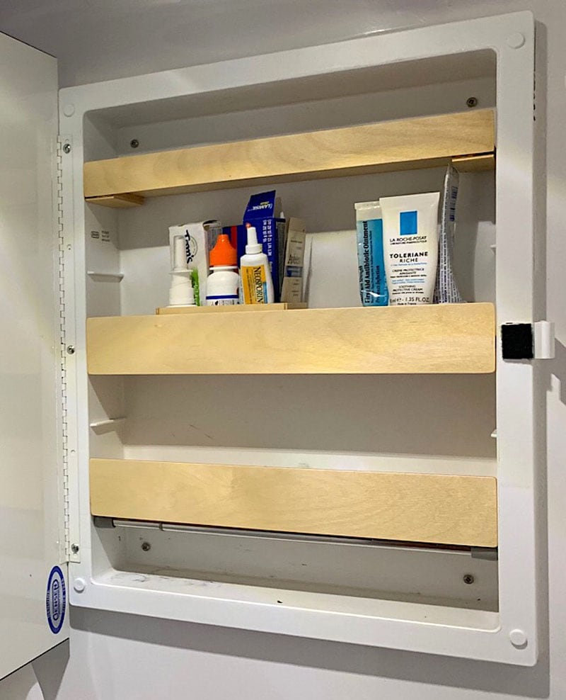 New Wooden Bathroom Medicine Cabinet Shelves