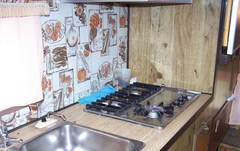 Travel Mate Camper Vintage Kitchen
