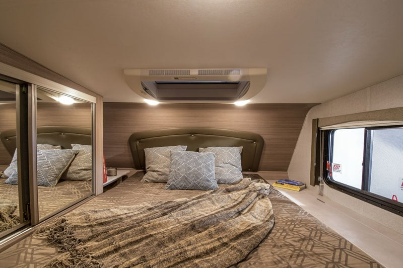2020 Adventurer 86FB Front Wall And Headboard