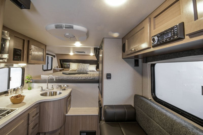 Adventurer 80RB Interior 2020 Campers
