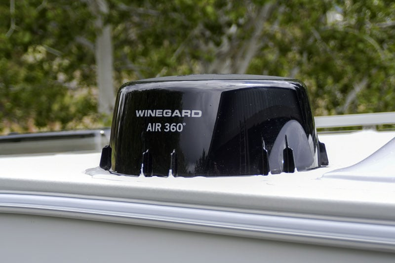 Adventurer Winegard Air Digital Antenna