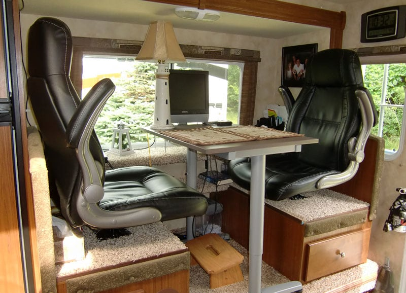 Recliner Seating In A Truck Camper