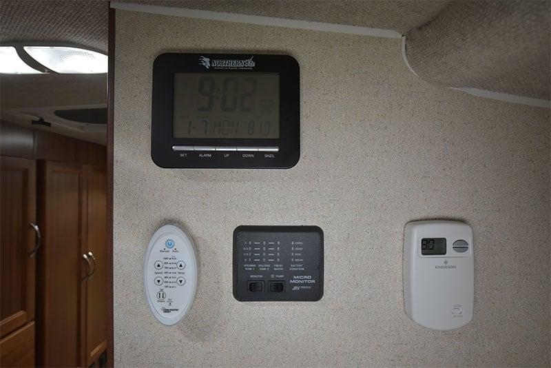 Northern Lite Limited Clock Tank Monitors Fantastic