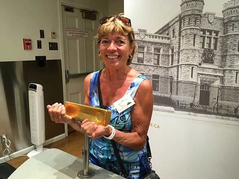 Canadian Mint Ottawa Carole Gold Bar